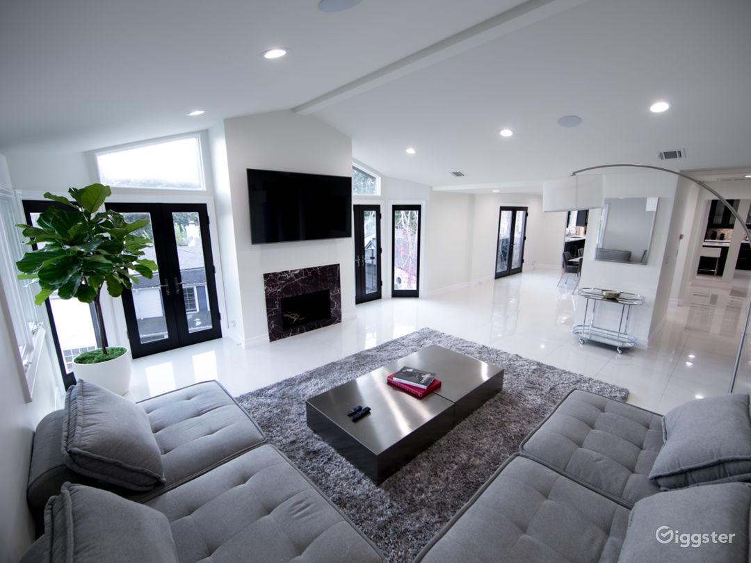 Beverly Hills Dream Home Photo 1