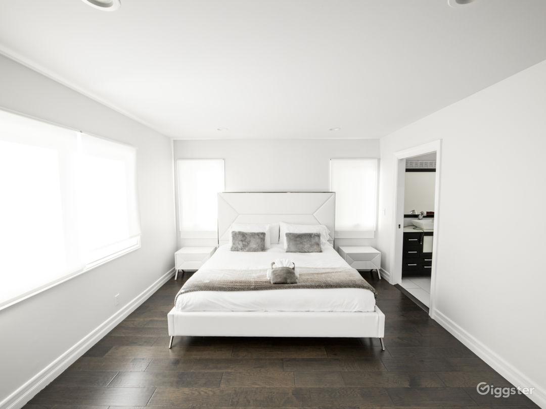 Beverly Hills Dream Home Photo 2