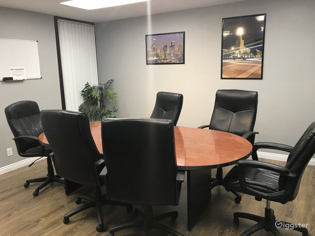 Conference Room in Office Setting Photo 3