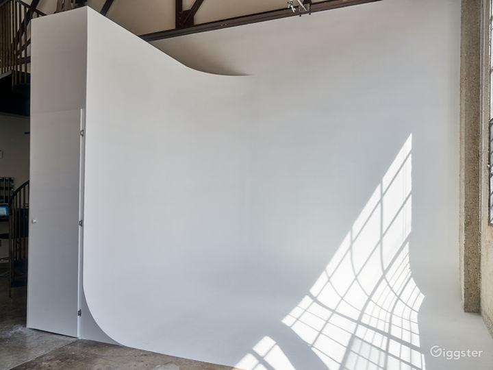 Natural Light Studio Loft with Cyc Wall Photo 2
