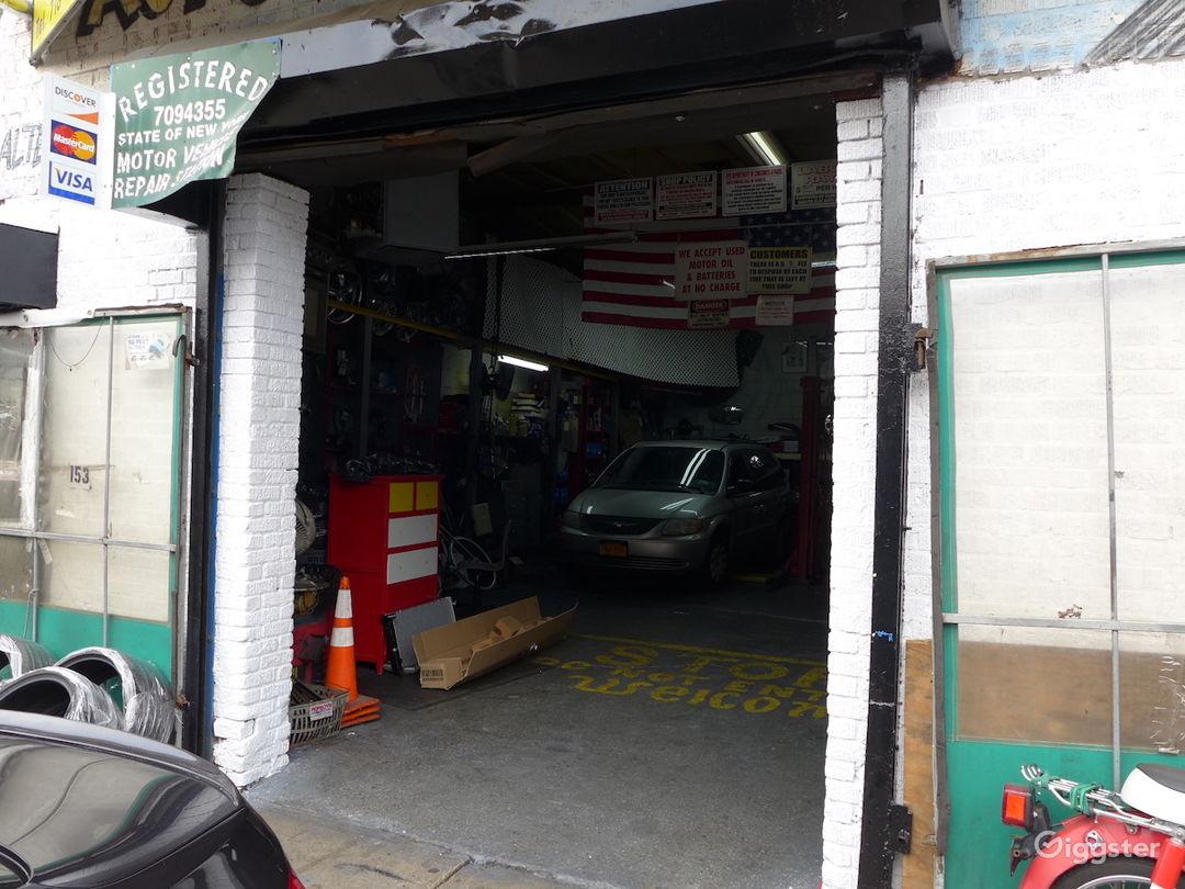 Brooklyn Auto Repair Garage Photo 4
