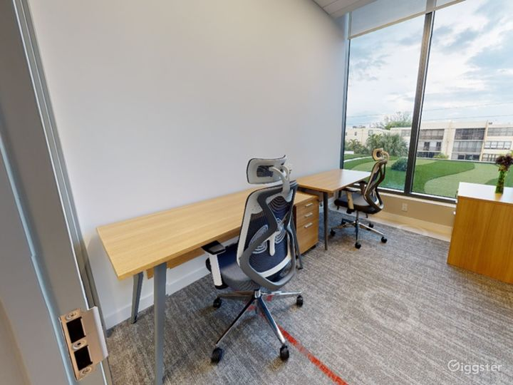 Private Office for 1-2 Photo 2