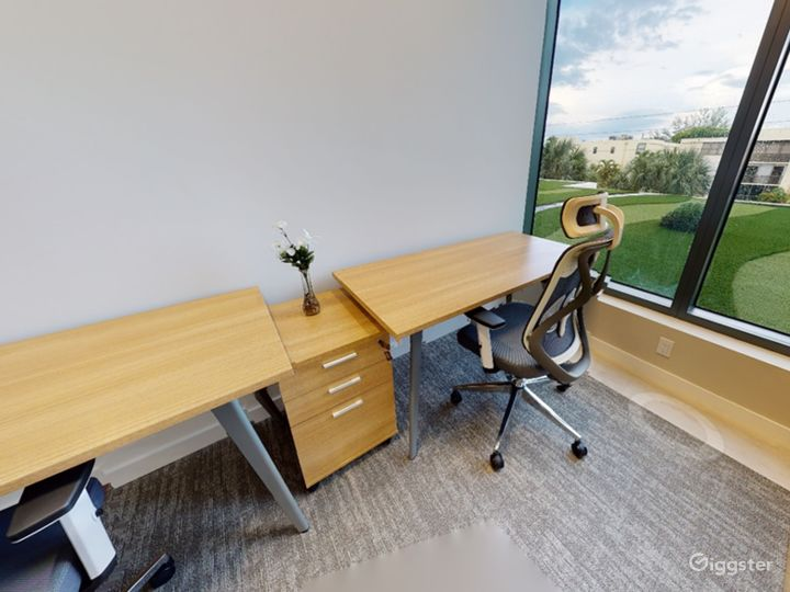 Private Office for 1-2 Photo 3
