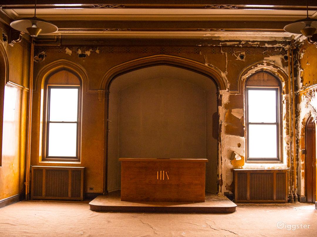Vacant Mansion Photo 2
