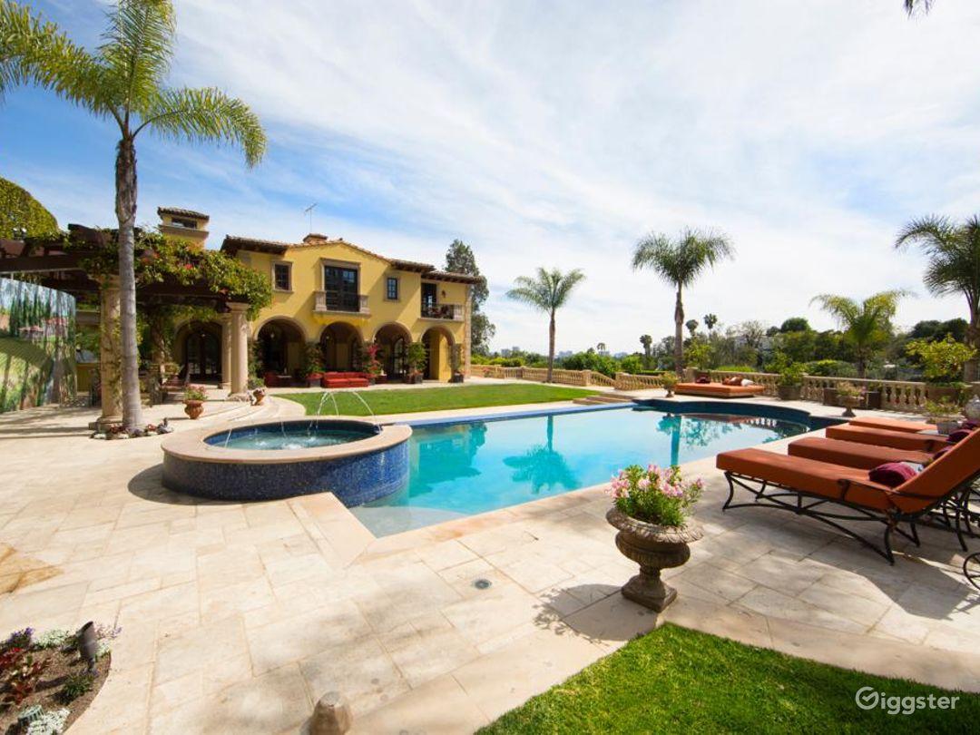 Chateau de Elegance of Beverly Hills Photo 1
