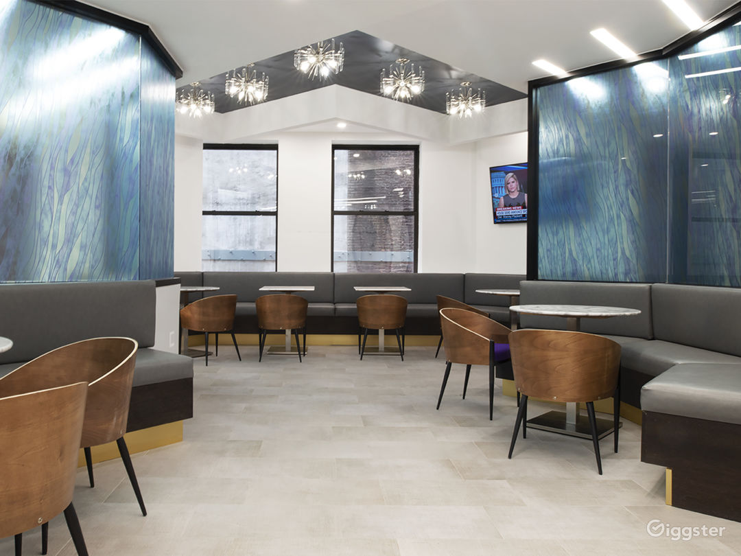 Lounge area outside meeting room