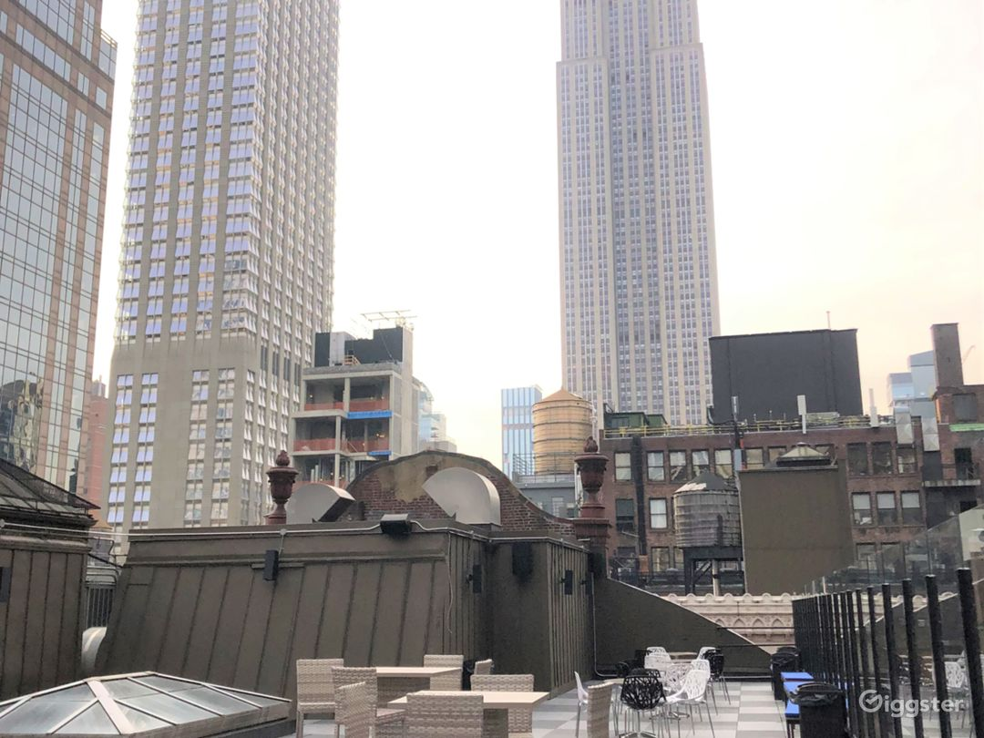 Rooftop available in same location to rent