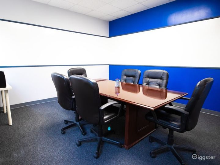 Cozy Conference Room for 6-8 People  Photo 3