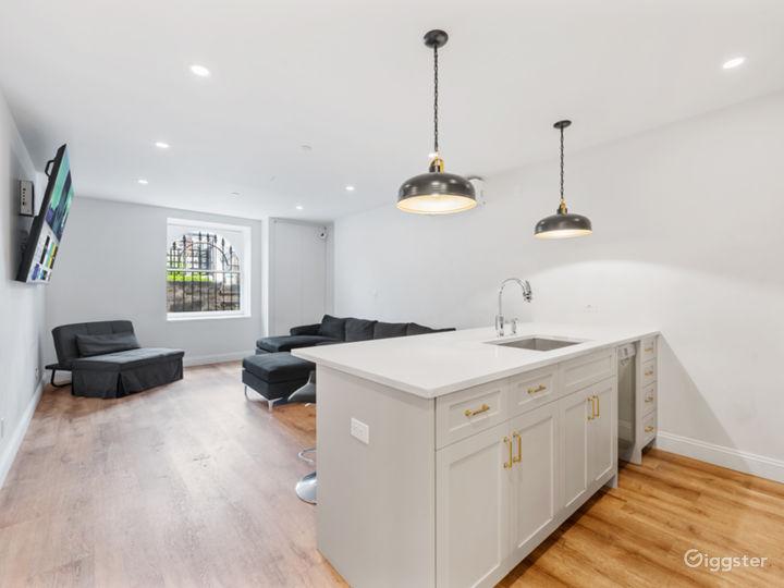 Modern Garden Level Apartment Photo 5
