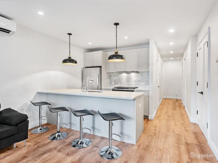 Modern Garden Level Apartment Photo 4