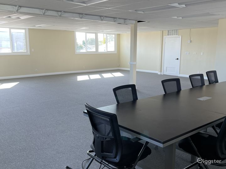 Open commercial/church space.  Photo 2