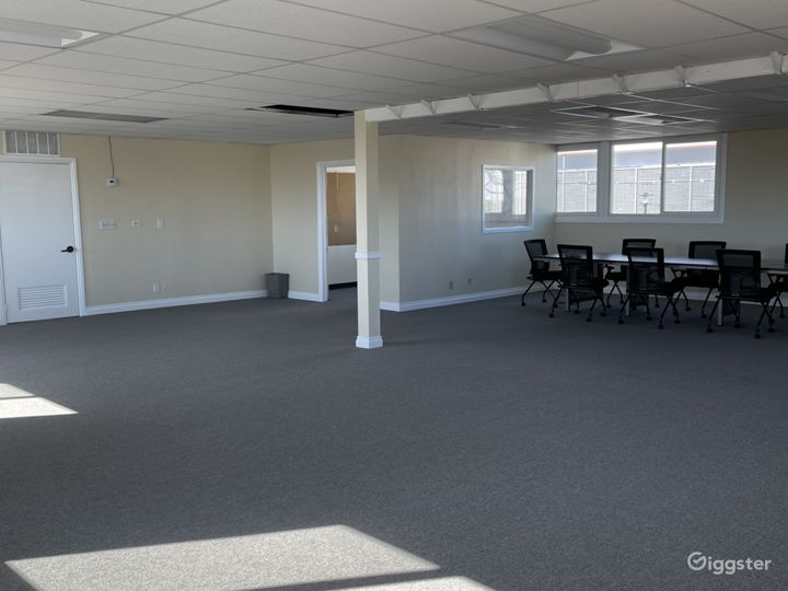 Open commercial/church space.  Photo 3