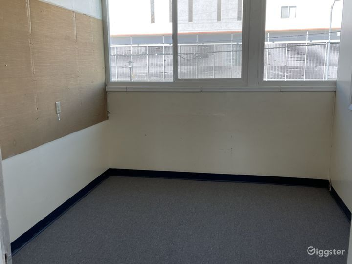Open commercial/church space.  Photo 5