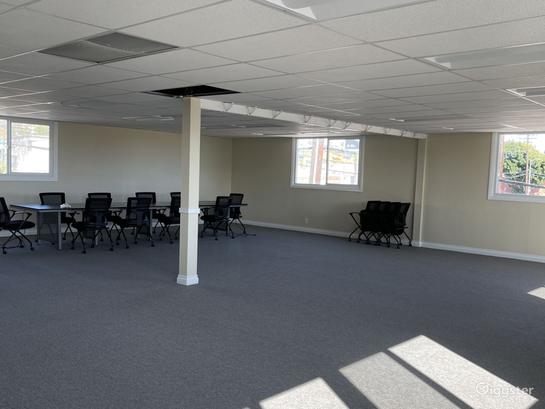 Open commercial/church space.  Photo 1