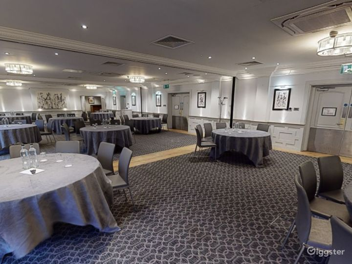 Large Event Space with Terrace Access in Oxford Photo 2