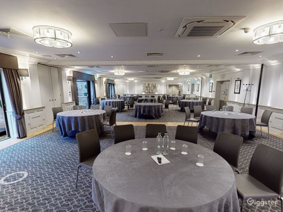 Large Event Space with Terrace Access in Oxford Photo 1