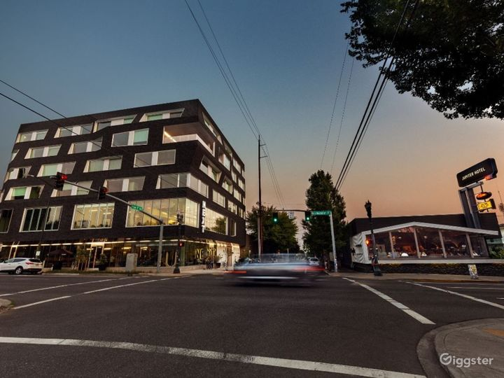 Industrial Modern Portland Hotel Photo 2