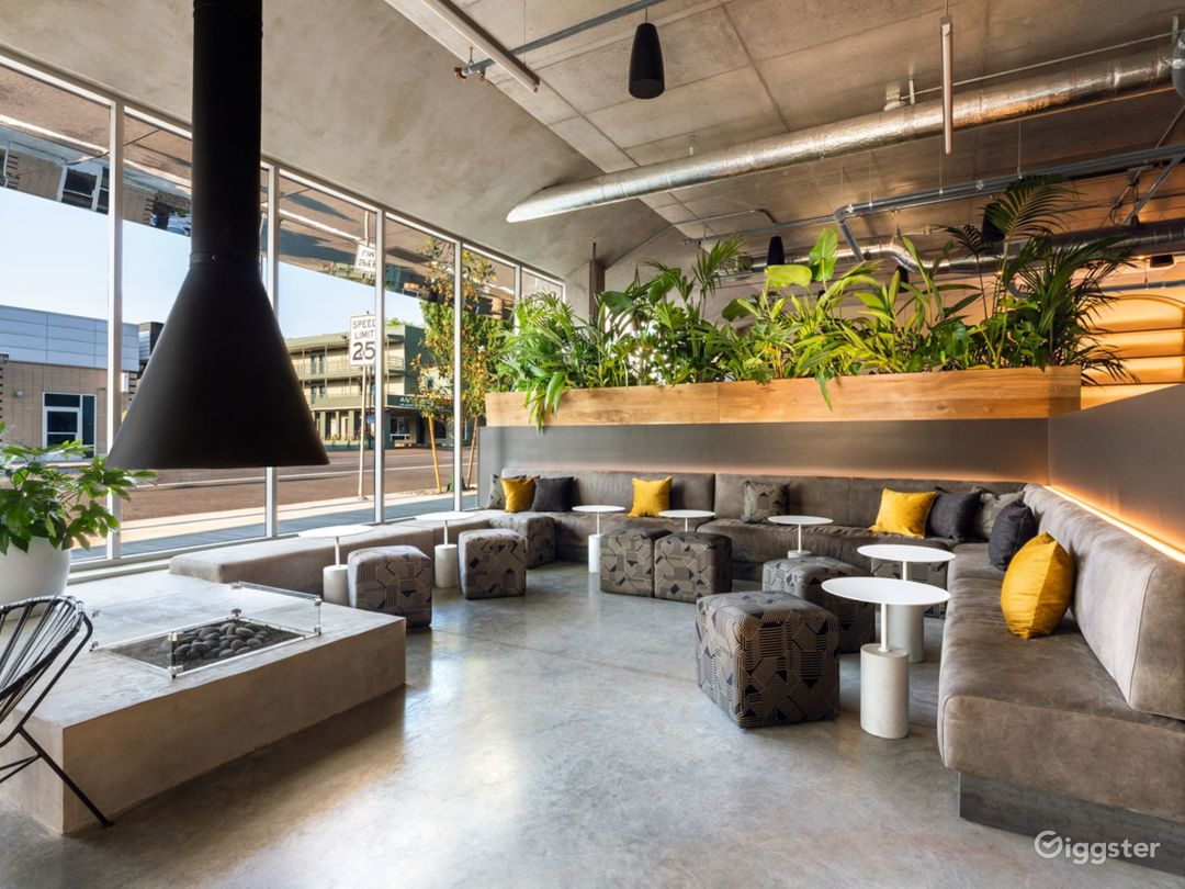 Industrial Modern Portland Hotel Photo 1