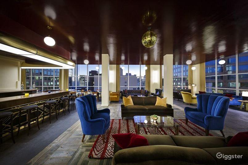 Delightful Lounge in LA Photo 1