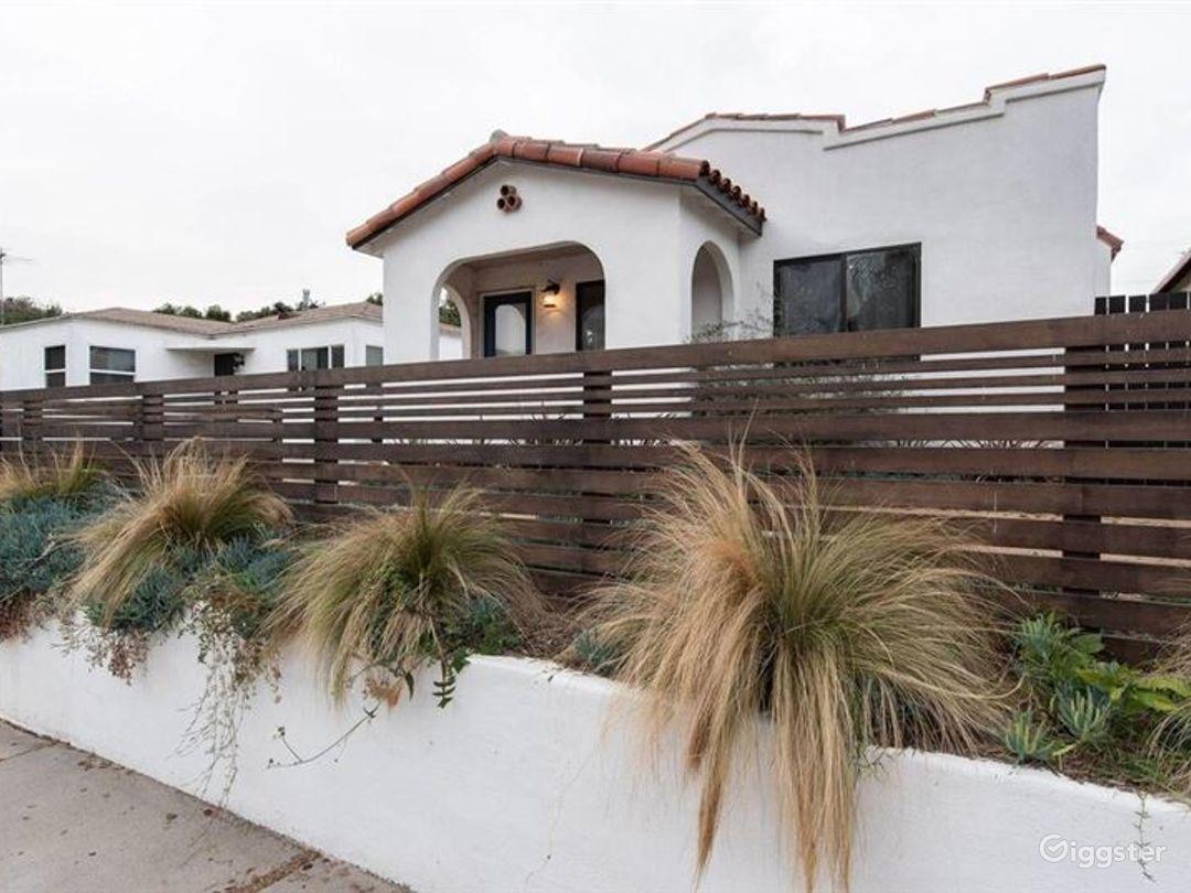 Stunning House in LA Photo 1
