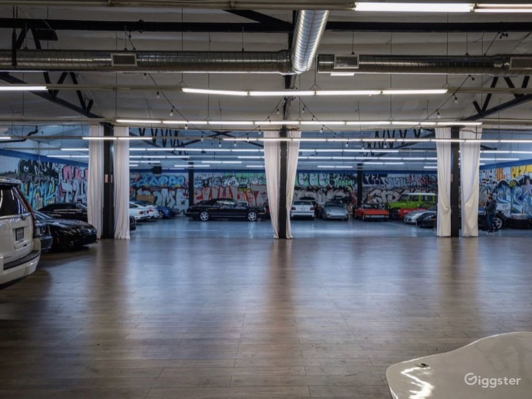 Graffiti Exotic Car warehouse Photo 1