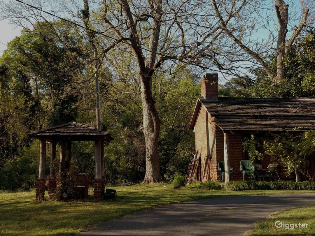 Historic and Authentic Antebellum Plantation  Photo 5