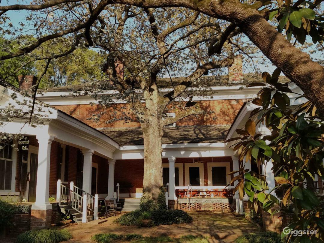Historic and Authentic Antebellum Plantation  Photo 3