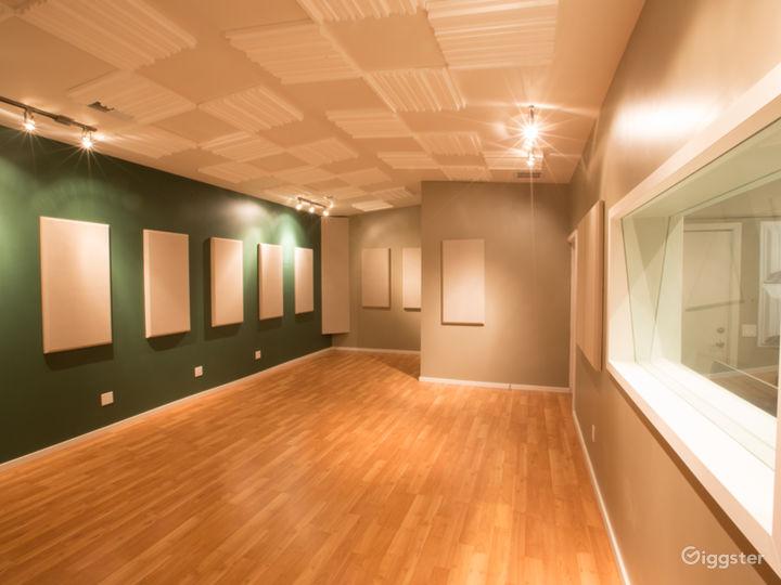 Recording Studio Live Room Photo 5