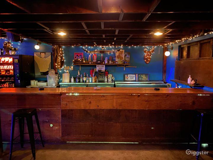 Pool table & bar