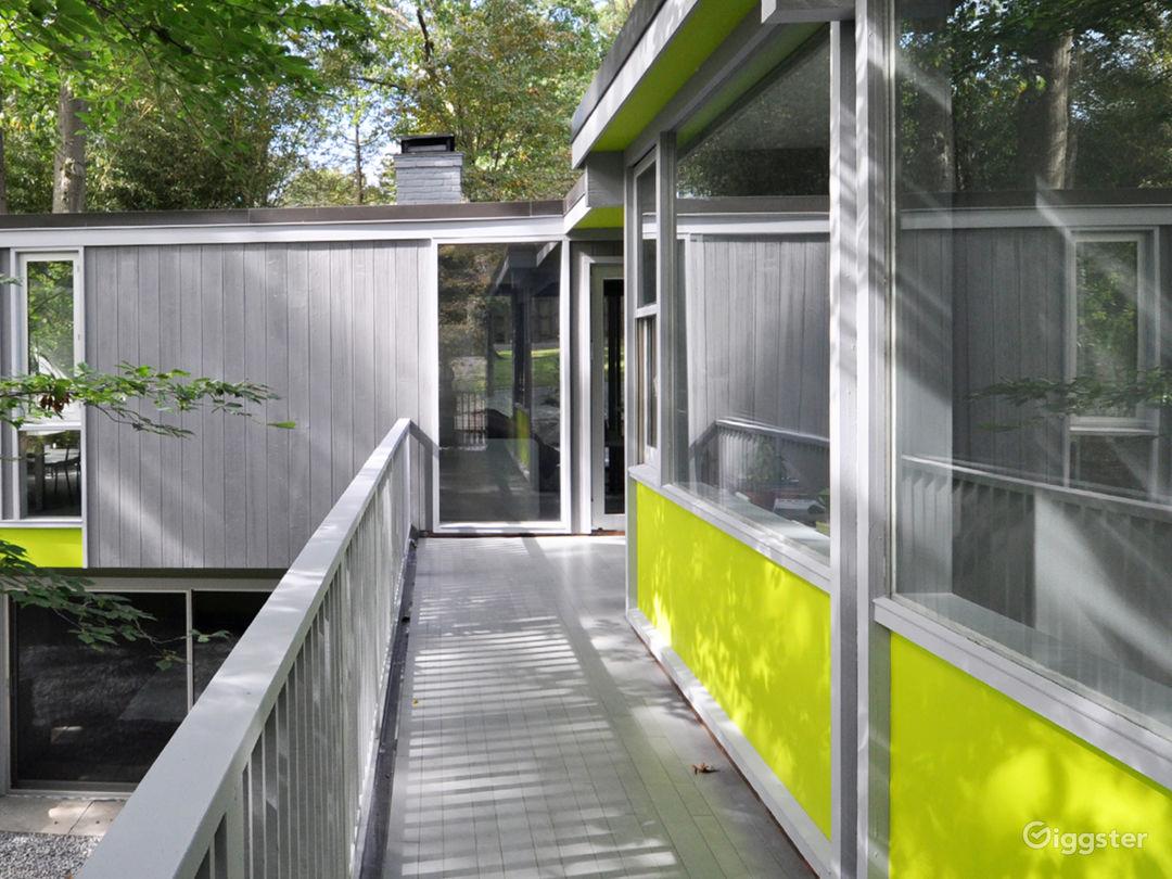 Modern Home with Yoga Studio and Wine Cellar Photo 1