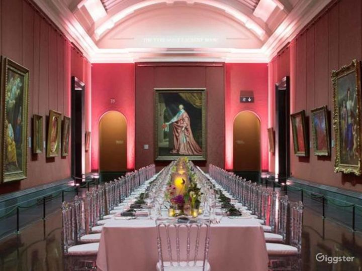 Yves Saint Laurent Room in The National Gallery Photo 4