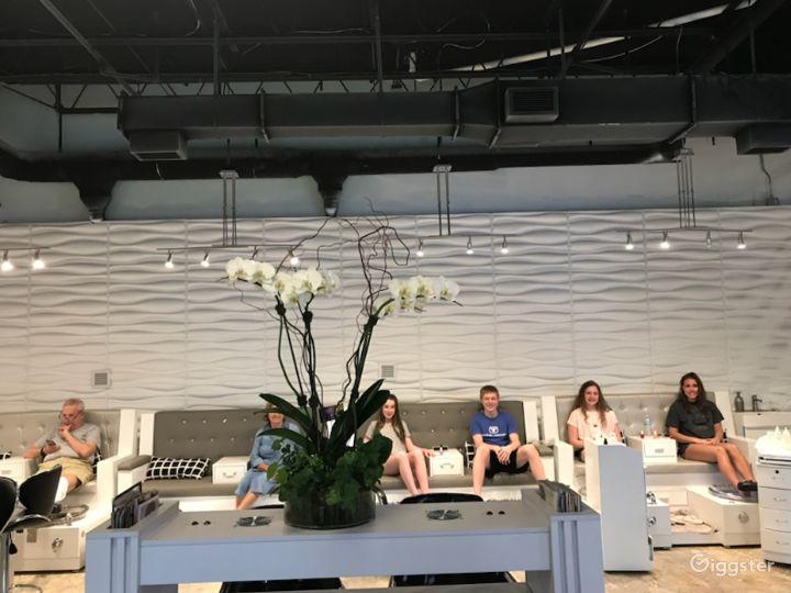 Sunlight-Filled Studio in Palm Beach