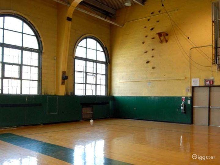 School basketball gym facility: Location 4244 Photo 2