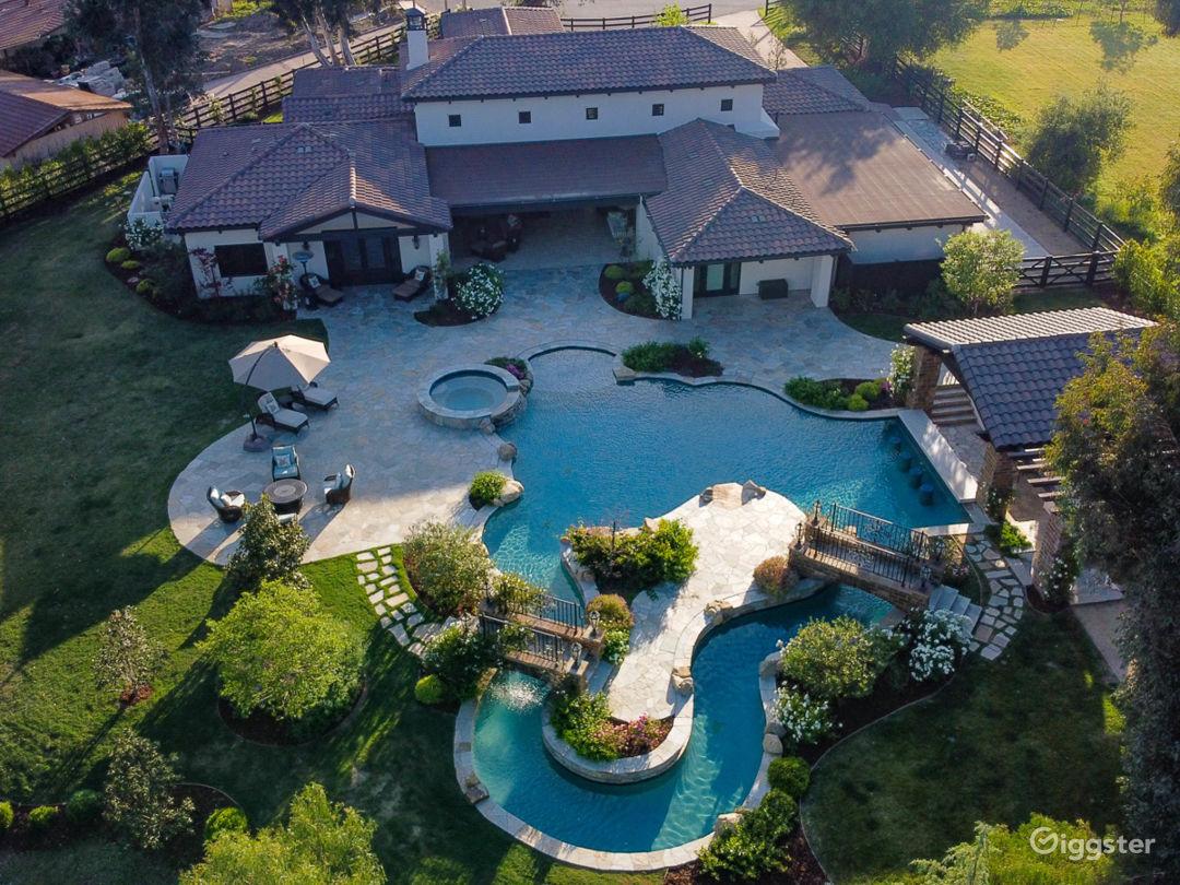 Mediterranean Villa in Thousand Oaks  Photo 2