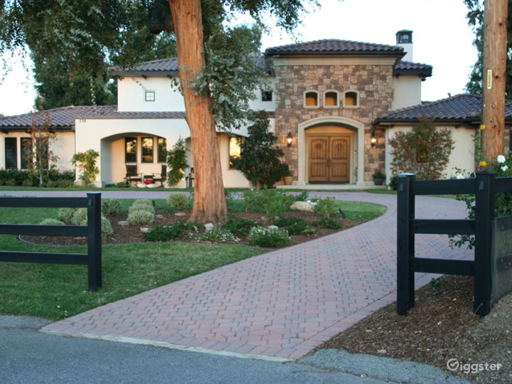 Mediterranean Villa in Thousand Oaks