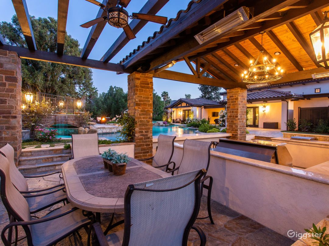 Mediterranean Villa in Thousand Oaks  Photo 4