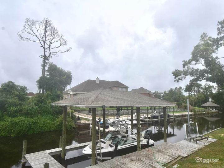 Waterfront Home Photo 2