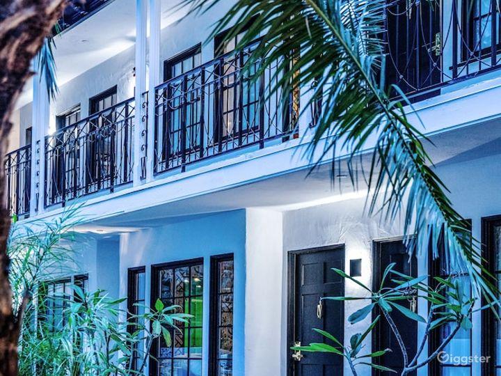 Amazing Hotel Patio  Photo 4