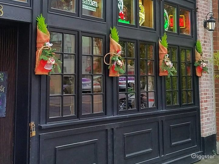 Classic and Local Neighborhood Pub in Tacoma Photo 4