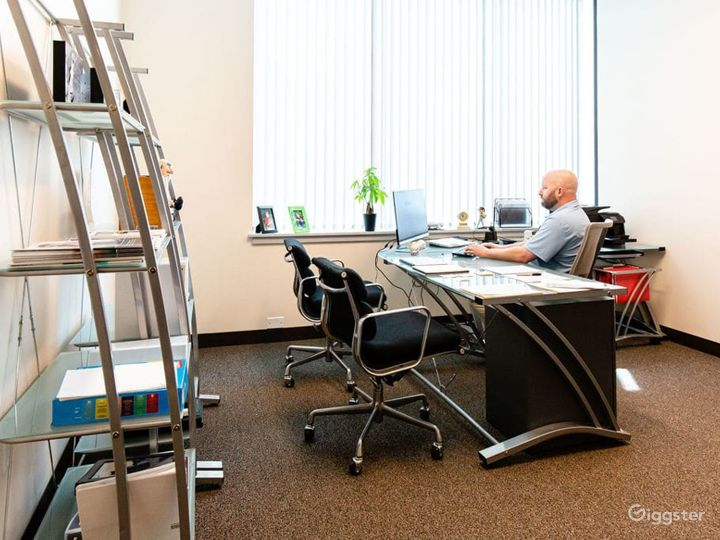 Spacious, equipped meeting room with loads of natural light in Walpole Photo 4