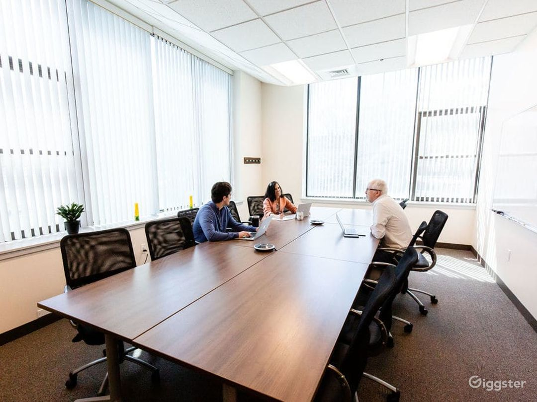 Spacious, equipped meeting room with loads of natural light in Walpole Photo 1