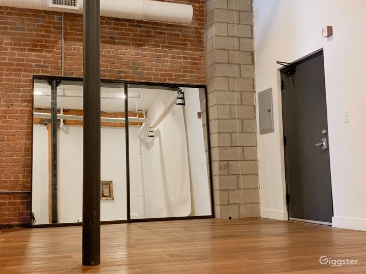 Essential Arts District Studio  Photo 3