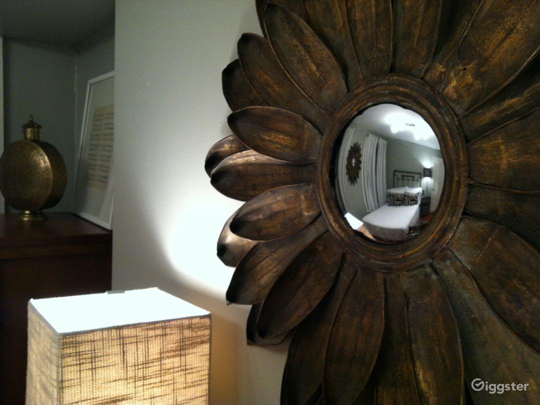 Charming Brownstone Apartment  Photo 3