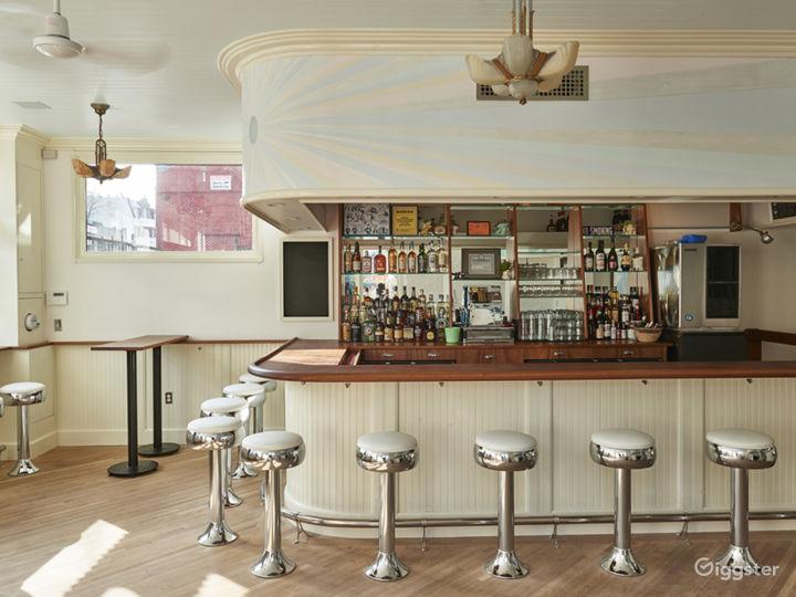 Bright Mid-Century / Deco Style Bar Photo 4