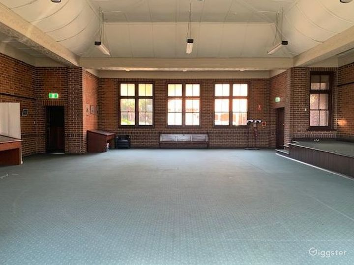 The Light and Spacious Gillespie Hall Photo 3