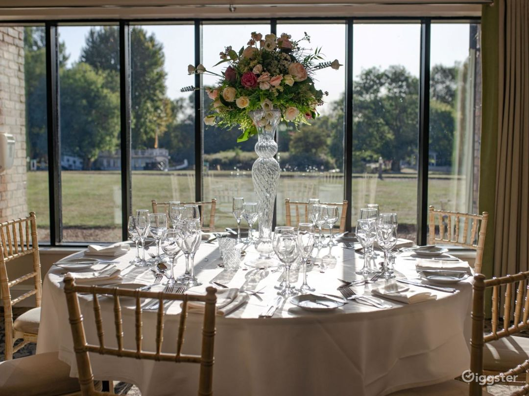 Scenic River Room with Terrace in Oxford Photo 1