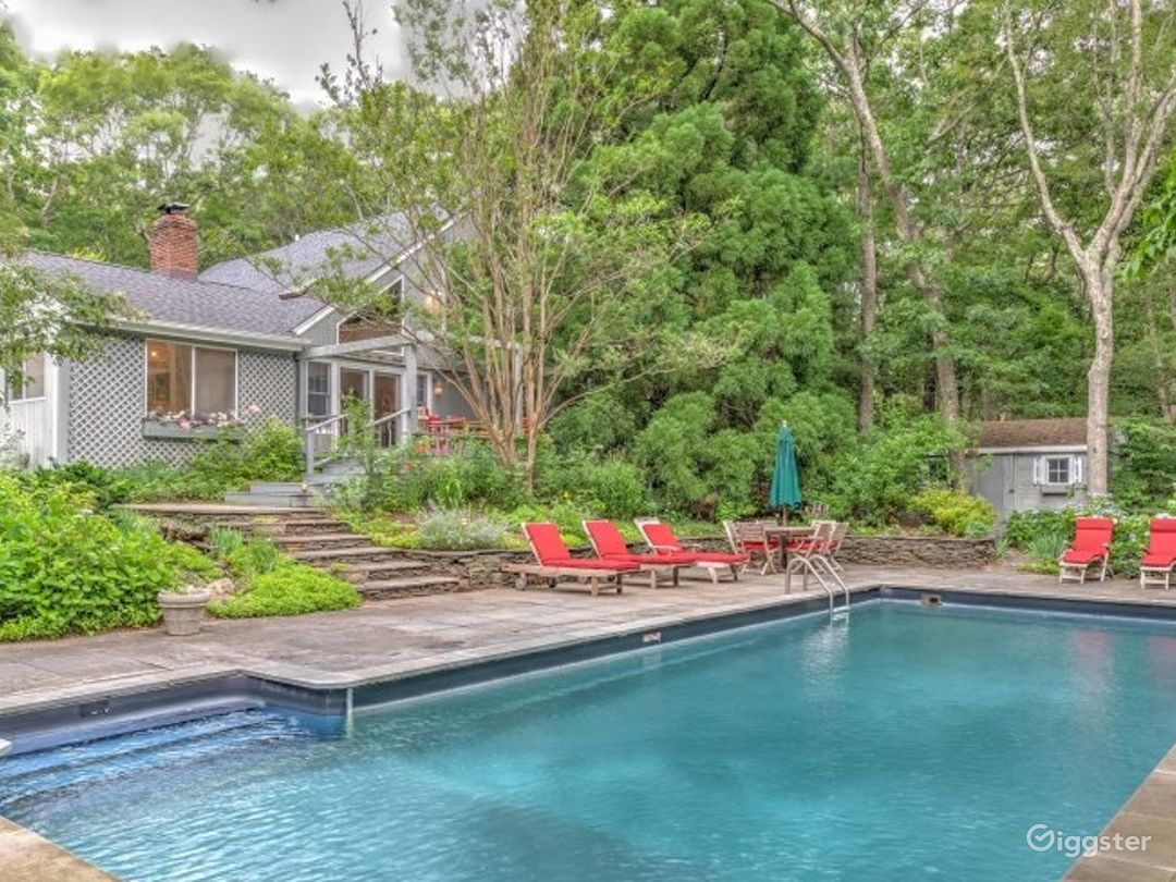 Classic Country Home in East Hampton w/Pool Photo 4