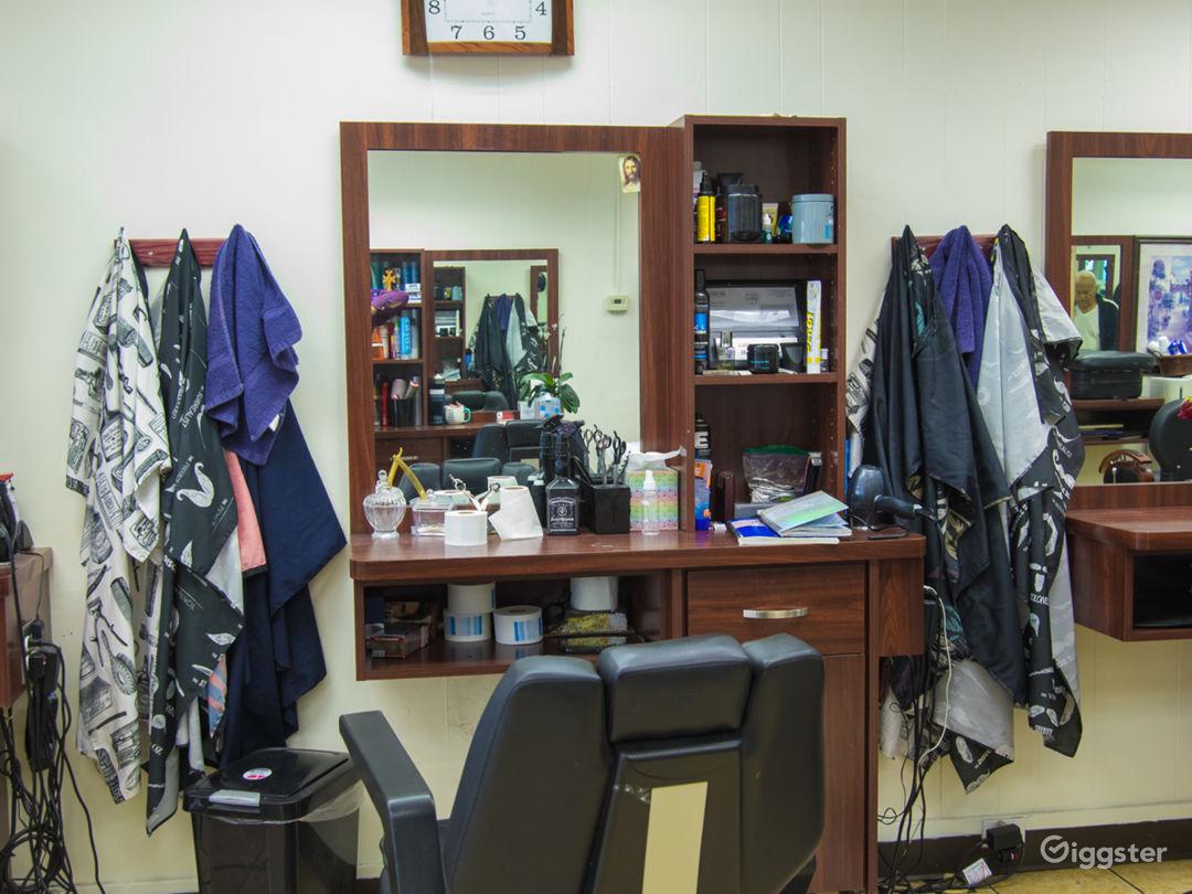 Hair Salon for filming  Photo 4