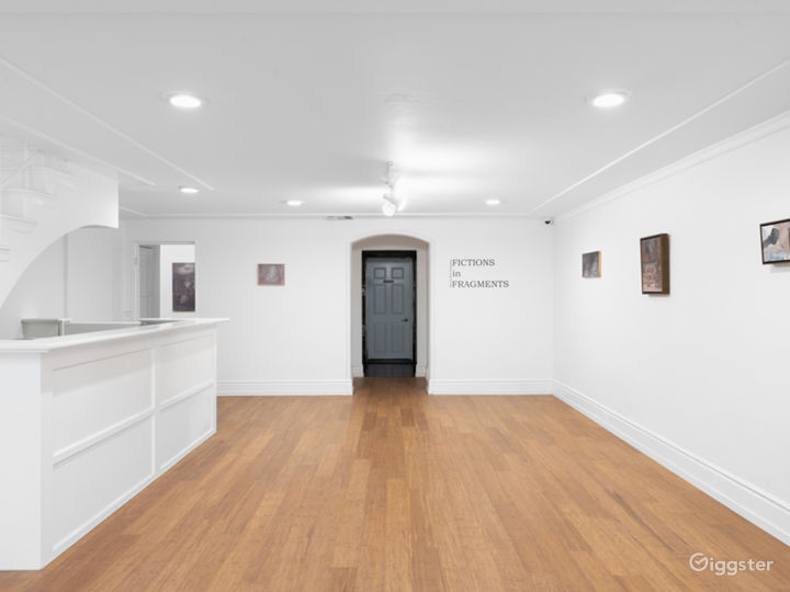 Contemporary Art Gallery - Beverly Hills Photo 4