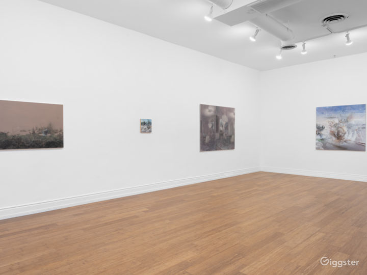 Contemporary Art Gallery - Beverly Hills Photo 2